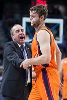 Valencia Basket coach Txus Vidorreta and Aaron Doornekamp during Turkish Airlines Euroleague match between Real Madrid and Valencia Basket at Wizink Center in Madrid, Spain. December 19, 2017. (ALTERPHOTOS/Borja B.Hojas)