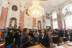 28.03.2018, Altes Landhaus, Innsbruck, AUT, konstituierende Sitzung, Tiroler Landtag, im Bild Landeshauptmann Günther Platter (ÖVP) gelobt Landesrätin Patrizia Zoller-Frischauf (ÖVP) an // during the inaugural session of the Tyrolean state parliament at the Altes Landhaus in Innsbruck, Austria on 2018/03/28. EXPA Pictures © 2018, PhotoCredit: EXPA/ Jakob Gruber