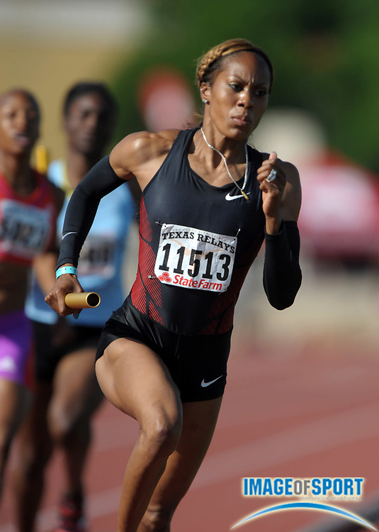 Mar 31, 2012; Austin, TX, USA; Sanya Richards-Ross runs the anchor leg on the Hart of Texas womens 4 x 400m relay that won in 3:27.03 in the 85th Clyde Littlefield Texas Relays at Mike A. Myers Stadium.
