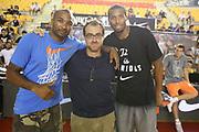 DESCRIZIONE : Roma Lega A 2013-2014 Nike Pallacanestro La Virtus Roma incontra Kevin Durant<br /> GIOCATORE : Phil Goss Quinton Hosley Carotti<br /> CATEGORIA : curiosita<br /> SQUADRA :<br /> EVENTO : Nike Pallacanestro La Virtus Roma incontra Kevin Durant<br /> GARA : <br /> DATA : 07/09/2013<br /> SPORT : Pallacanestro <br /> AUTORE : Agenzia Ciamillo-Castoria/M.Simoni<br /> Galleria : Lega Basket A 2013-2014  <br /> Fotonotizia : Roma Lega A 2013-2014 Nike Pallacanestro La Virtus Roma incontra Kevin Durant<br /> Predefinita :