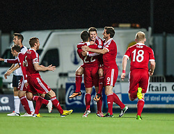 Aberdeen's Smith celebrates with team mates after scoring their second goal. Falkirk 0 v 5 Aberdeen, the third round of the Scottish League Cup.<br /> &copy;Michael Schofield.