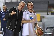 DESCRIZIONE : Roma LNP A2 2015-16 Acea Virtus Roma Benacquista Assicurazioni Latina<br /> GIOCATORE : Riccardo Esposito<br /> CATEGORIA : allenatore coach pregame<br /> SQUADRA : Acea Virtus Roma<br /> EVENTO : Campionato LNP A2 2015-2016<br /> GARA : Acea Virtus Roma Benacquista Assicurazioni Latina<br /> DATA : 20/12/2015<br /> SPORT : Pallacanestro <br /> AUTORE : Agenzia Ciamillo-Castoria/G.Masi<br /> Galleria : LNP A2 2015-2016<br /> Fotonotizia : Roma LNP A2 2015-16 Acea Virtus Roma Benacquista Assicurazioni Latina