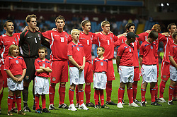 BIRMINGHAM, ENGLAND - Monday, October 13, 2008: Wales' players before the UEFA European Under-21 Championship Play-Off 2nd Leg match against England at Villa Park. L-R: Neal Eardley, goalkeeper Owain Fon Williams, Sam Vokes, Andy King, Simon Church, Joe Jacobson (Photo by Gareth Davies/Propaganda)