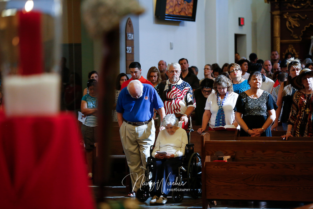 The Diocese of Phoenix marks its sixth annual Red, White and Blue Mass at St. Thomas Aquinas Church in Avondale, Ariz., Nov. 6. Active and retired service men and women were honored during the service. (CNS photo/Nancy Wiechec)