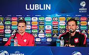 LUBLIN, POLEN 2017-06-18<br /> Tomasz Kędziora och Marcin Dorna under Polens U21 landslags MD-1 press konferens p&aring; Arena Lublin den 18 juni, Lublin, Polen.<br /> Foto: Nils Petter Nilsson/Ombrello<br /> Fri anv&auml;ndning f&ouml;r kunder som k&ouml;pt U21-paketet.<br /> Annars Betalbild.<br /> ***BETALBILD***