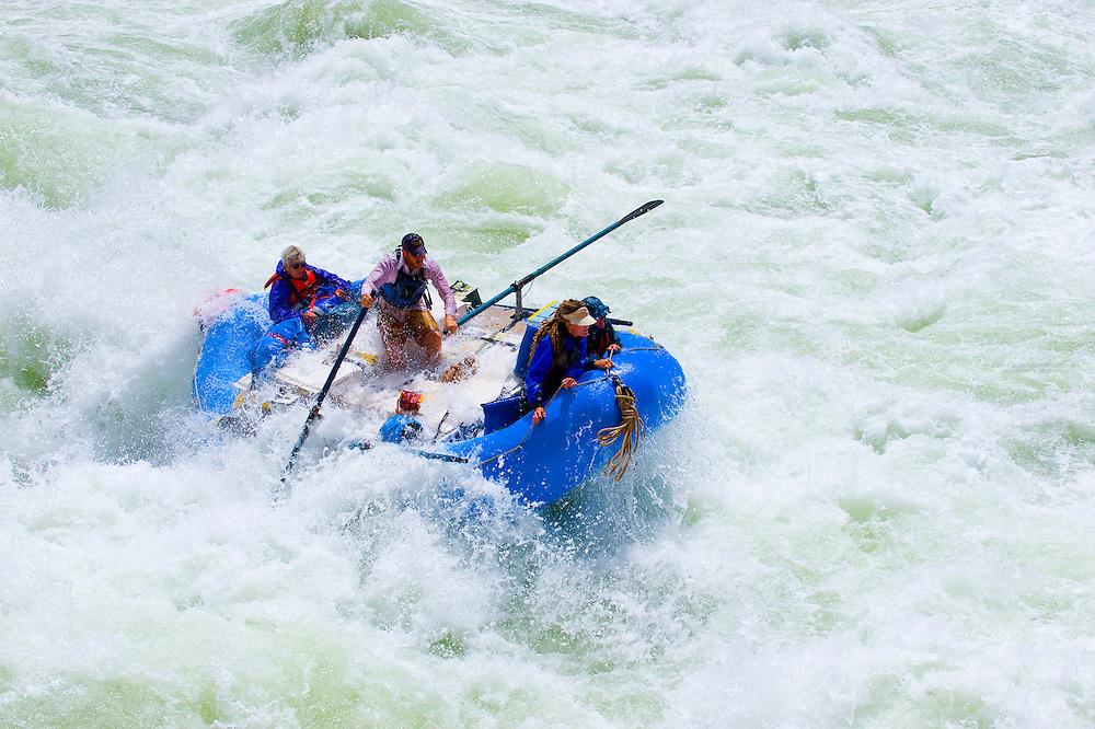 Whitewater rafting, Lava Falls Rapid, Colorado River, Grand Canyon, Grand Canyon National Park, Arizona USA