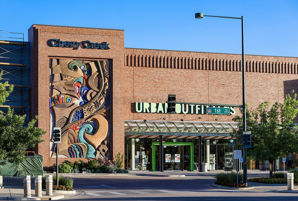 Cherry Creek Mall, Denver, Colorado, USA.