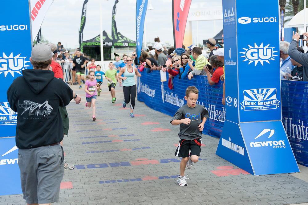 The 2013 UnitedHealthcare IRONKIDS Fun Run was held in Galveston, Texas, at Moody Gardens on Saturday, April 6 and featured apperances by Galveston Mayor Lewis Rosen and UnitedHealthcare's Dr. Health E. Hound.