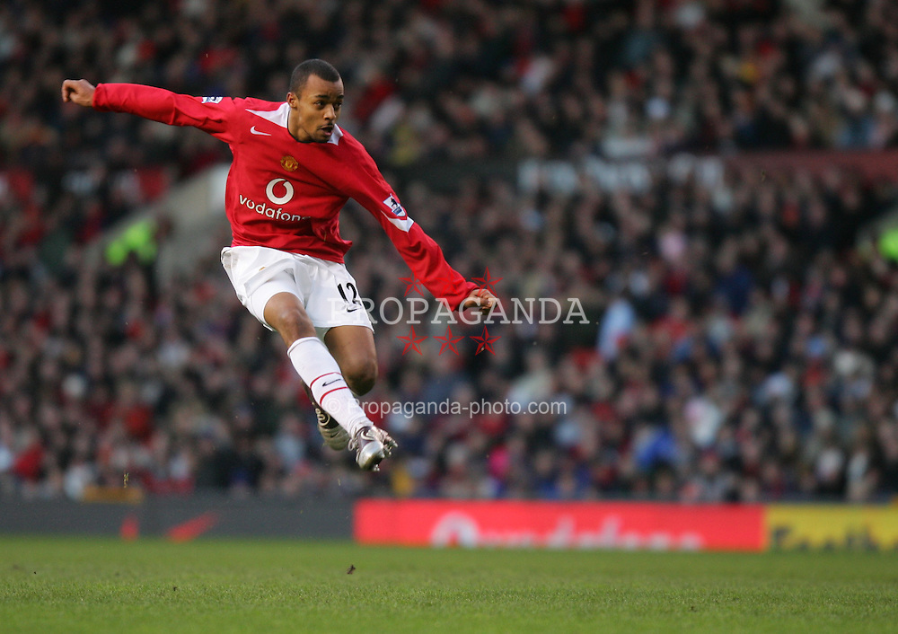 MANCHESTER, ENGLAND - SATURDAY JANUARY 8th 2005: Manchester United's David Bellion in action against Exeter City during the FA Cup 3rd Round match at Old Trafford. (Pic by David Rawcliffe/Propaganda)