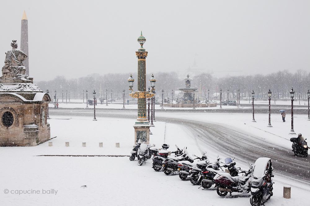 Paris, France. December 17th 2009..Place de La Concorde (8th Arrondissement)