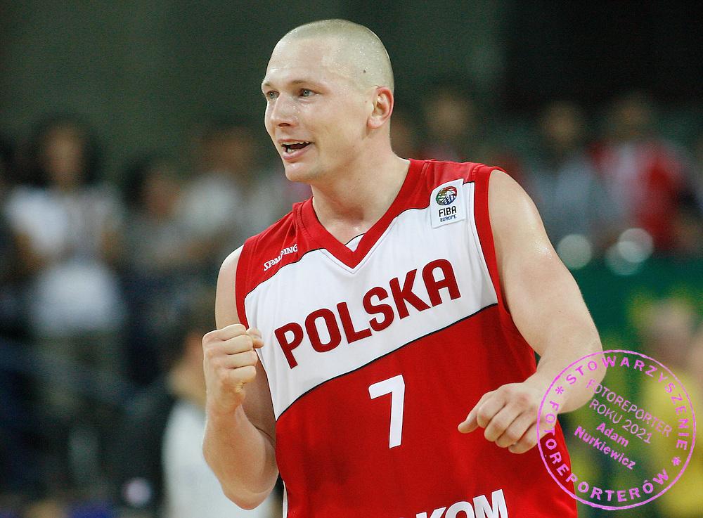 Wroclaw 08/09/2009.EuroBasket 2009.Preliminary Round - Group D.Poland v Lithuania.Krzysztof Szubarga celebrates at full time ..Photo by : Piotr Hawalej / WROFOTO