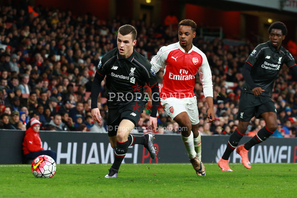 LONDON, ENGLAND - Friday, March 4, 2016: Liverpool's Brooks Lennon (L) in action against Arsenal during the FA Youth Cup 6th Round match at the Emirates Stadium. (Pic by Paul Marriott/Propaganda)