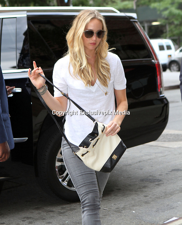 June 26, 2015 - New York City, NY, USA - <br /> <br /> Actress Jennifer Lawrence arrives at a downtown hotel on June 26 2015 in New York City<br /> &copy;Exclusivepix Media