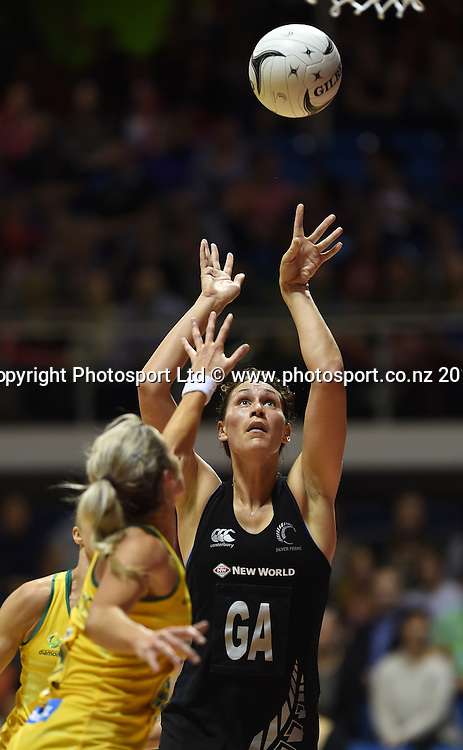 Jodi Brown. New World Netball Series, Constellation Cup Test Four, New Zealand Silver Ferns v Australian Diamonds at The Trusts Arena, Auckland, New Zealand. Wednesday 15 October 2014. Photo: Andrew Cornaga/www.Photosport.co.nz