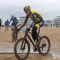 09-12-2018: Wielrennen: EK beachrace: Scheveningen<br />Lars Boom