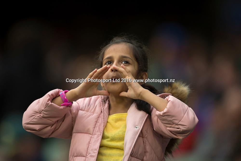 Fans during the Twenty20 match between Australia and India at the MCG in Melbourne, Australia. Friday 29 January 2016. Copyright photo: Raghavan Venugopal / www.photosport.nz