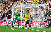 Arsenal's Alexis Sánchez on the ball during the The FA Cup match between Arsenal and Aston Villa at Wembley Stadium, London, England on 30 May 2015. Photo by Phil Duncan.