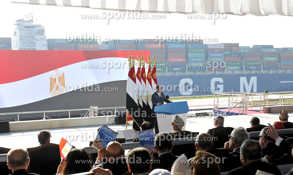 06.08.2015, Sueskanal, EGY, Sueskanal Kanal Erweiterung, im Bild Feierlichkieiten zur Sueskanal Erweiterung // Egyptian President Abdel Fattah al-Sisi gives a speech during the inauguration ceremony of the new Suez Canal, in Ismailia, Egypt, August 6, 2015. Egypt staged a show of international support on Thursday as it inaugurated a major extension of the Suez Canal which President Abdel Fattah al-Sisi hopes will power an economic turnaround in the Arab world's most populous country. Photo by Stringer, Egypt on 2015/08/06. EXPA Pictures &copy; 2015, PhotoCredit: EXPA/ APAimages/ Stringer<br /> <br /> *****ATTENTION - for AUT, GER, SUI, ITA, POL, CRO, SRB only*****