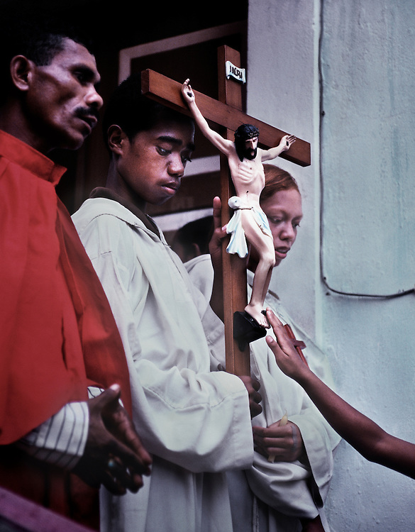 Good-Friday celebrations at the Bilende Church in Dili. The majority of East Timorese are Catholic.<br /> <br /> East Timor, March 1999.