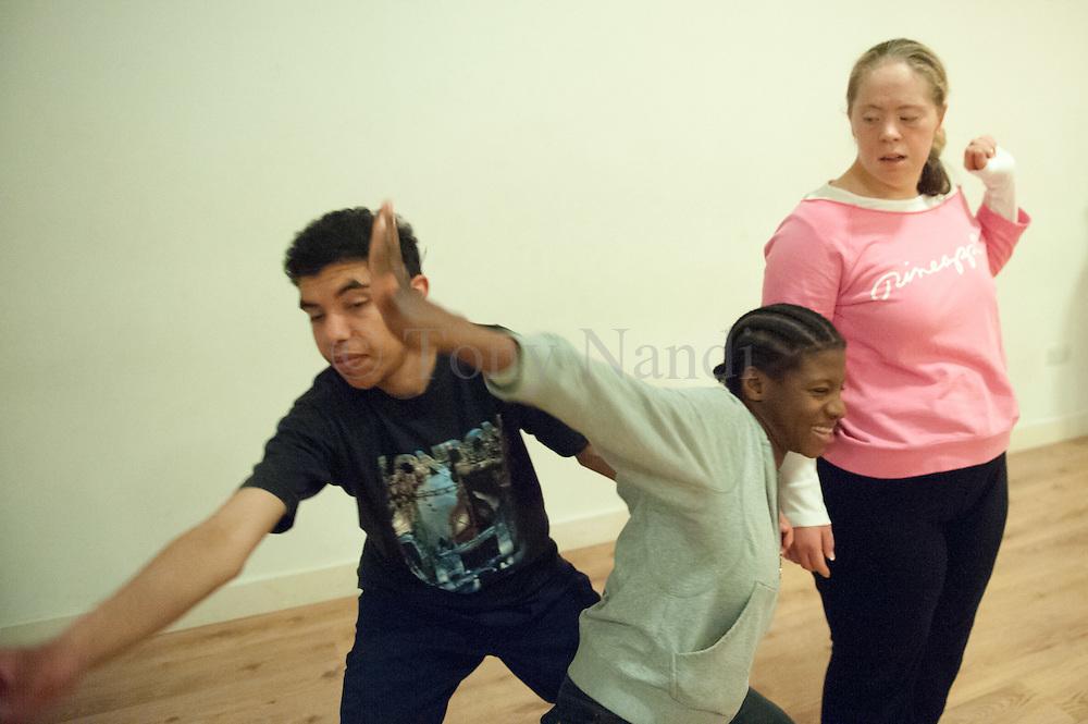 Corali Class in Artspace Brixton, London. 04/07/2012.