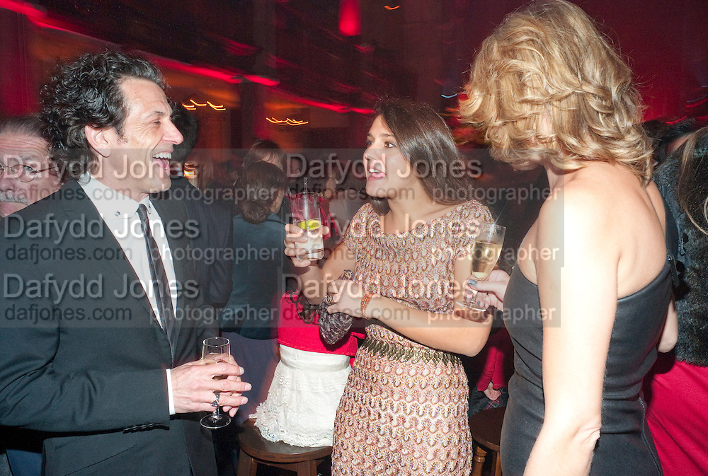 STEPHEN WEBSTER; MARGHERITA MISSONI; ASSIA WEBSTER, IMG HERALD TRIBUNE HERITAGE LUXURY PARTY.- Celebration of Heritage Luxury and 10 years of the International Herald Tribune Luxury Conferences. North Audley St. London. 9 November 2010. -DO NOT ARCHIVE-© Copyright Photograph by Dafydd Jones. 248 Clapham Rd. London SW9 0PZ. Tel 0207 820 0771. www.dafjones.com.