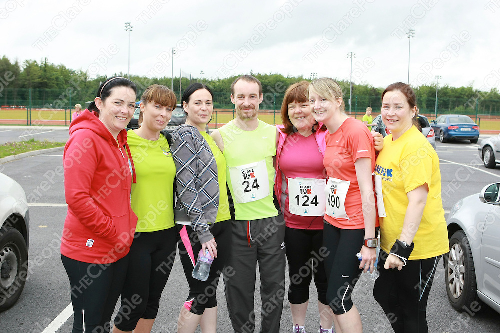 Anthony Boyle pictured with his team before the Clare 10K race.<br /> Pictured Credit Brian Gavin Press 22