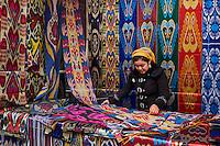 Ouzbekistan, region de Fergana, Marguilan, bazar, marché de la soie // Uzbekistan, Fergana region, Marguilan, bazaar, silk market