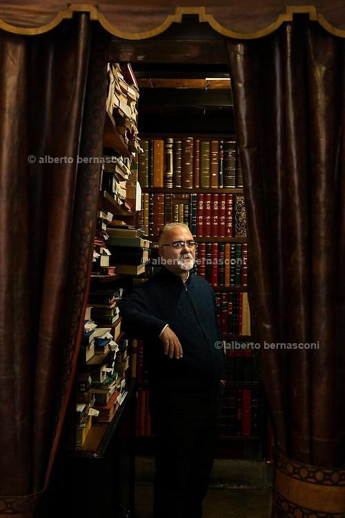 Milano, Legatoria Conti Barbone dal 1873 http://www.contiborbone.com/index.php/it/
