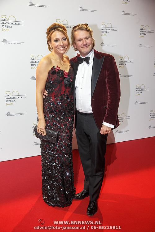 NLD/Amsterdam20151106 - Nationaal Opera Gala 2015, May-britt Mobach en partner