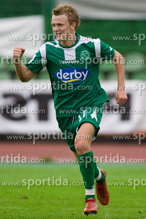 Nik Omladic of Olimpija celebrates at 34th Round of 1st Slovenian Football League match between NK Olimpija and NK Luka Koper, on May 5, 2010, in ZAK, Ljubljana, Slovenia.  (Photo by Vid Ponikvar / Sportida)