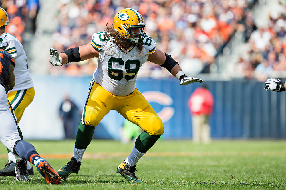 CHICAGO, IL - SEPTEMBER 13:  David Bakhtiari #69 of the Green Bay Packers blocks during a game against the Chicago Bears at Soldier Field on September 13, 2015 in Chicago, Illinois.  The Packers defeated the Bears 31-23.  (Photo by Wesley Hitt/Getty Images) *** Local Caption *** David Bakhtiari