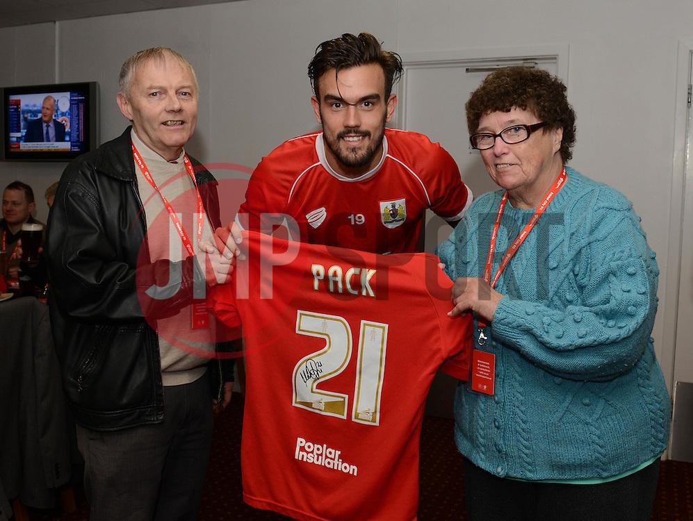 Bristol City's Marlon Pack shirt sponsor - Photo mandatory by-line: Dougie Allward/JMP - Mobile: 07966 386802 - 28/03/2015 - SPORT - Football - Bristol - Ashton Gate - Bristol City v Barnsley - Sky Bet League One