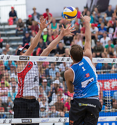 02.08.2015, Strandbad, Klagenfurt, AUT, A1 Beachvolleyball EM 2015, kleines Finale Herren, im Bild Robert Meeuwsen 2 NED, rechts Reinder Nummerdor 1 NED // during 3rd Place Match Men, of the A1 Beachvolleyball European Championship at the Strandbad Klagenfurt, Austria on 2015/08/02. EXPA Pictures © 2015, EXPA Pictures © 2015, PhotoCredit: EXPA/ Mag. Gert Steinthaler