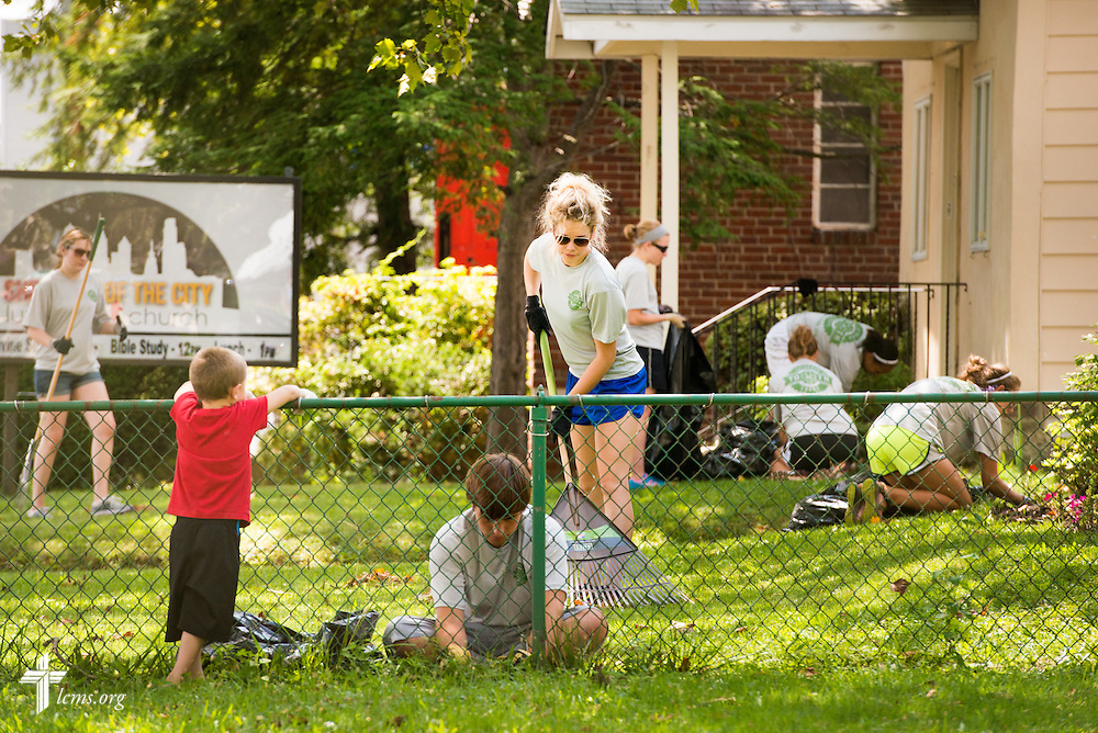 Participants in the 2014 Youth Corps pilot project clean the grounds at Shepherd of the City Lutheran Church on Wednesday, August 13, 2014, in Philadelphia, Pa. LCMS Communications/Erik M. Lunsford