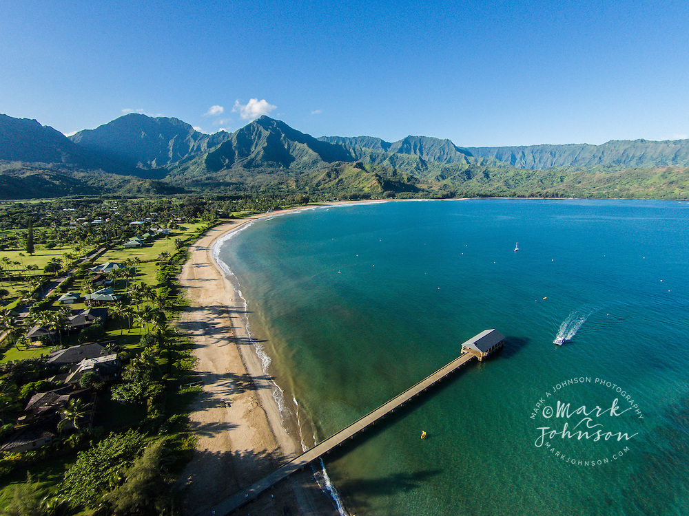 Aerial photograph of Hanalei Bay Pier, Hanalei Bay, Kauai, Hawaii, USA