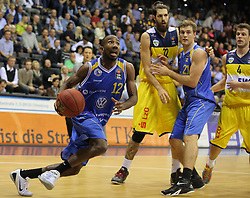 01.11.2014, EWE Arena, Oldenburg, GER, Beko Basketball BL, EWE Baskets Oldenburg vs Basketball Löwen Braunschweig, 7. Runde, im Bild Dru Joyce (Braunschweig, ehemals Baskets Oldenburg) am Ball, daneben Nemanja Aleksandrov (Oldenburg) gegen Tim Abromaitis (Braunschweig) sowie Chris Kramer (Oldenburg, rechts) //  during the Beko Basketball Bundes league 7th round match between EWE Baskets Oldenburg vs Basketball Lions Braunschweig at the EWE Arena in Oldenburg, Germany on 2014/11/01. EXPA Pictures © 2014, PhotoCredit: EXPA/ Eibner-Pressefoto/ Hibbeler<br /> <br /> *****ATTENTION - OUT of GER*****