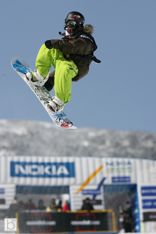 the United States' Matthew Ladley competes during the qualification round for the Nokia Snowboard FIS Half-Pipe World Cup at Whiteface Mountain in Lake Placid, N.Y., Friday, March 9,2007. (Photo/Todd Bissonette)