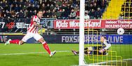 BREDA, NAC Breda - PSV, voetbal Eredivisie seizoen 2014-2015, 03-02-2015, Rat Verlegh Stadion, PSV speler Memphis Depay (L) scoort de 0-1, NAC Breda keeper Jelle ten Rouwelaar (R).