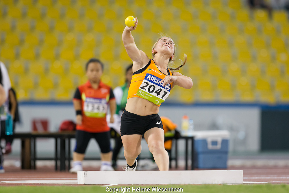 Lara Baars wins a Silver Medal during the IPC Athletics World Championships in Qatar , october 2015