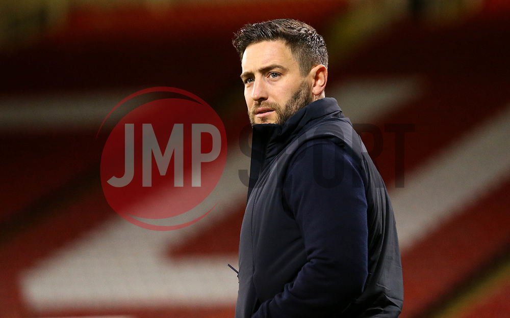 Bristol City head coach Lee Johnson arrives at Bramall Lane for the fixture against Sheffield United - Mandatory by-line: Robbie Stephenson/JMP - 08/12/2017 - FOOTBALL - Bramall Lane - Sheffield, England - Sheffield United v Bristol City - Sky Bet Championship