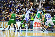 DESCRIZIONE : Sassari Lega A 2012-13 Dinamo Sassari Montepaschi Siena<br /> GIOCATORE : Tony Easley<br /> CATEGORIA : Tiro<br /> SQUADRA : Dinamo Sassari<br /> EVENTO : Campionato Lega A 2012-2013 <br /> GARA : Dinamo Sassari Montepaschi Siena<br /> DATA : 14/01/2013<br /> SPORT : Pallacanestro <br /> AUTORE : Agenzia Ciamillo-Castoria/M.Turrini<br /> Galleria : Lega Basket A 2012-2013  <br /> Fotonotizia : Sassari Lega A 2012-13 Dinamo Sassari Montepaschi Siena<br /> Predefinita :