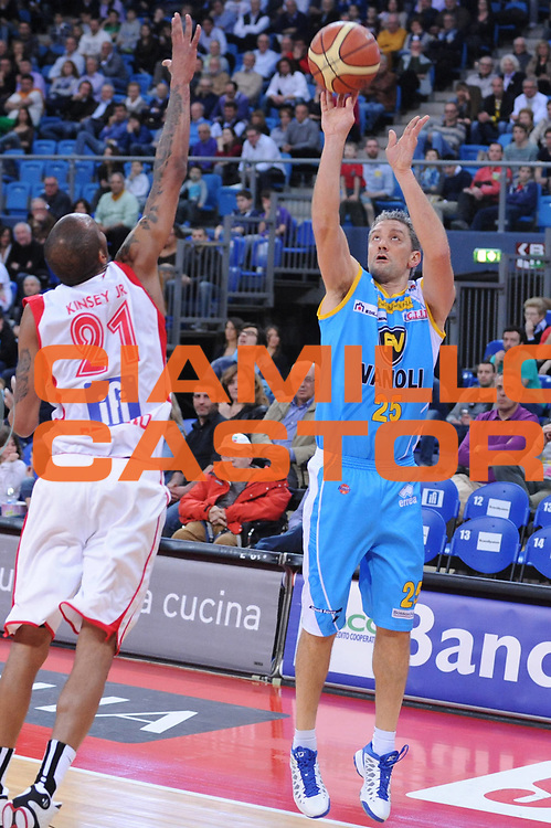 DESCRIZIONE : Pesaro Lega A 2012-13 Scavolini Banca Marche Pesaro Vanoli Cremona<br /> GIOCATORE : Andrea Conti<br /> CATEGORIA : tiro<br /> SQUADRA : Vanoli Cremona<br /> EVENTO : Campionato Lega A 2012-2013 <br /> GARA : Scavolini Banca Marche Pesaro Vanoli Cremona <br /> DATA : 14/04/2013<br /> SPORT : Pallacanestro <br /> AUTORE : Agenzia Ciamillo-Castoria/M.Marchi<br /> Galleria : Lega Basket A 2012-2013  <br /> Fotonotizia : Pesaro Lega A 2012-13 Scavolini Banca Marche Pesaro Vanoli Cremona<br /> Predefinita :