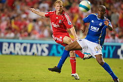 Hong Kong, China - Friday, July 27, 2007: Liverpool's Dirk Kuyt in action against Portsmouth during the final of the Barclays Asia Trophy at the Hong Kong Stadium. (Photo by David Rawcliffe/Propaganda)
