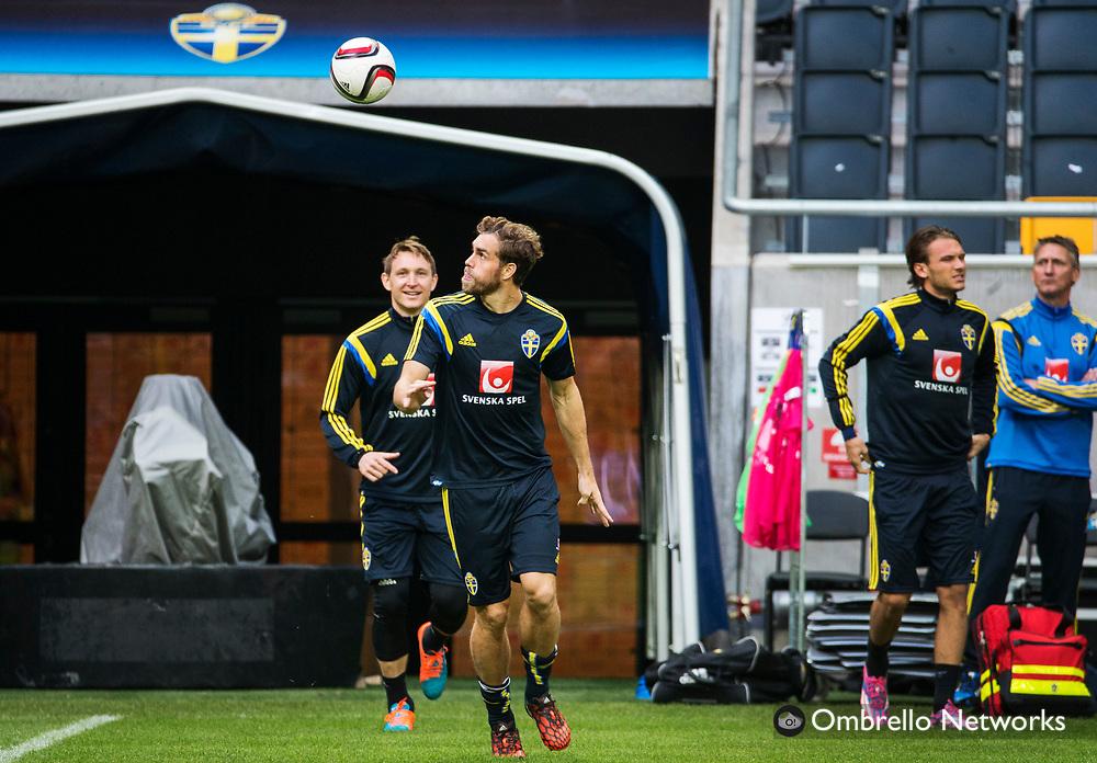 STOCKHOLM  2014-10-11<br /> LANDSLAG FOTBOLL TR&Auml;NAR P&Aring; FRIENDS ARENA<br /> JOHAN ELMANDER<br /> FOTO: NILS PETTER NILSSON KOD 7111