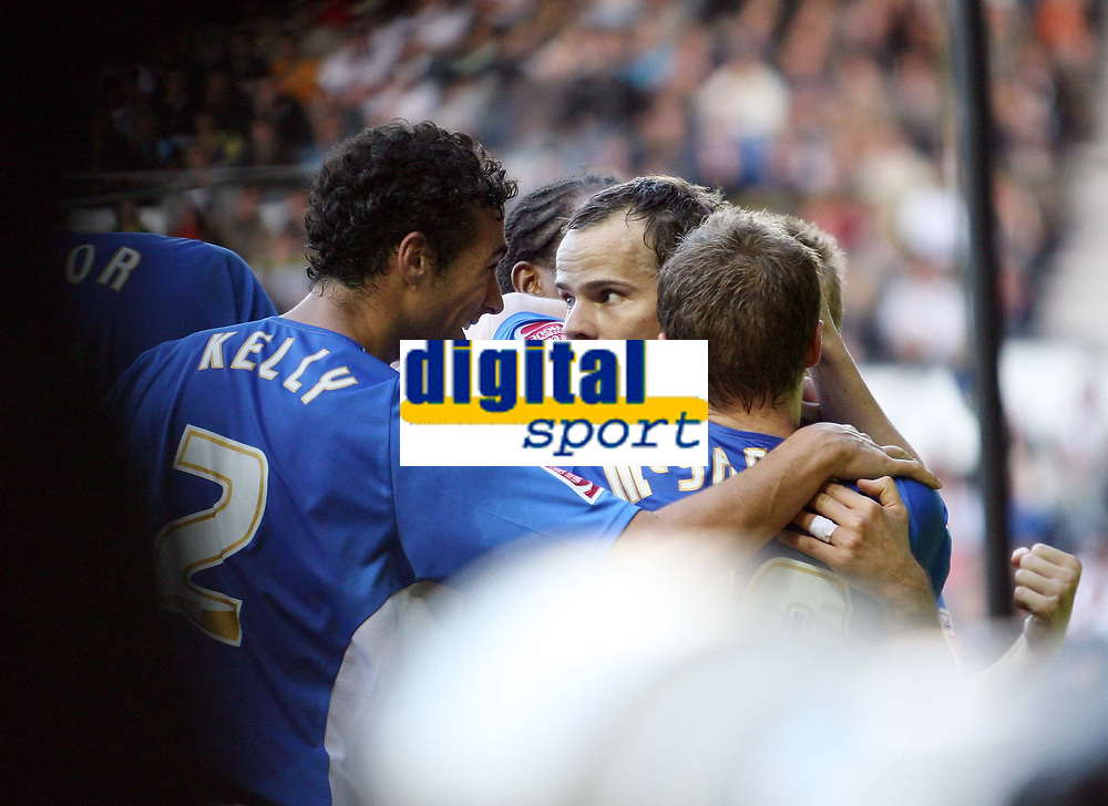 Photo: Rich Eaton.<br /> <br /> Derby County v Birmingham City. Coca Cola Championship. 21/10/2006. Stephen Clemence (centre) celebrates with temamates after scoring the goal to give Birmingham a 1-0 lead