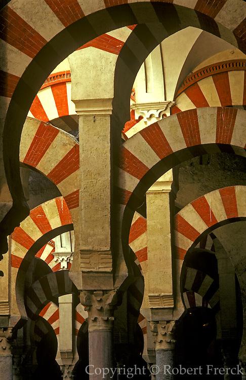 SPAIN, ANDALUSIA, CORDOBA 'La Mezquita' Great Mosque arches