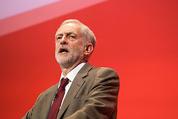 © Licensed to London News Pictures . 29/09/2015 . Brighton , UK . JEREMY CORBYN delivers his speech to the 2015 Labour Party Conference . Photo credit : Joel Goodman/LNP