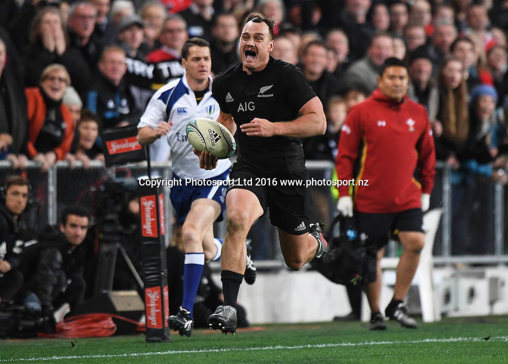 Israel Dagg heads to the try line. New Zealand All Blacks v Wales. Rugby Union. 3rd test match of the Steinlager series. Forsyth Barr Stadium, Dunedin, New Zealand. Saturday 25 June 2016. © Copyright Photo: Andrew Cornaga / www.Photosport.nz