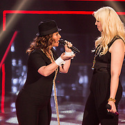NLD/Hilversum/20141219- Finale The Voice of Holland 2014, Trjntje Oosterhuis en Emmaly Brown