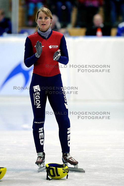 22-03-2009 SHORTTRACK: NK SHORTTRACK: ZOETERMEER<br /> Sanne van Kerkhof<br /> &copy;2009-WWW.FOTOHOOGENDOORN.NL
